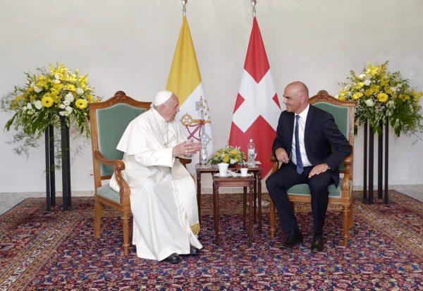 Papa en Ginebra sigue impulsando la unidad de todas las Iglesias